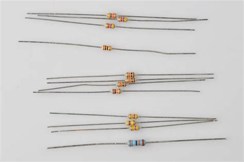 r12 resistor values 28 images r12 my srs light is on it is 9183 the resistance value circuit