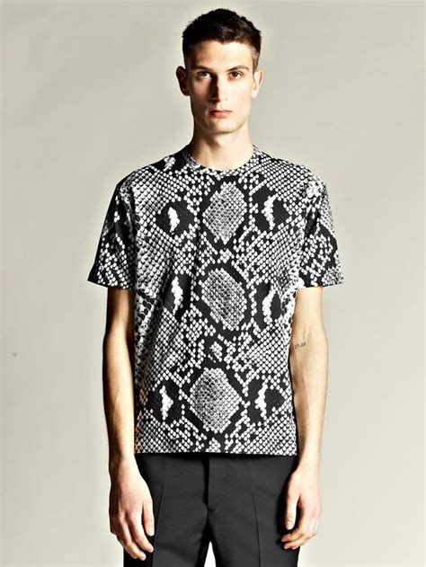 78 ideas about mens printed shirts on s shirts printed shirts and fashion