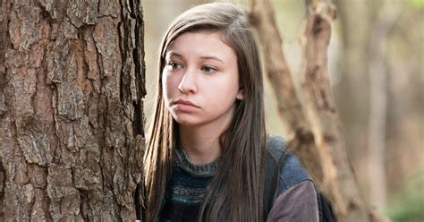 Walking Dead?s Katelyn Nacon: It ?Was So Fun? to Pull Gun