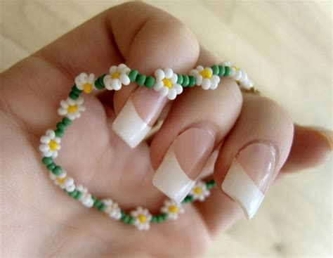 Simple Bead Flower Pattern Caymancode