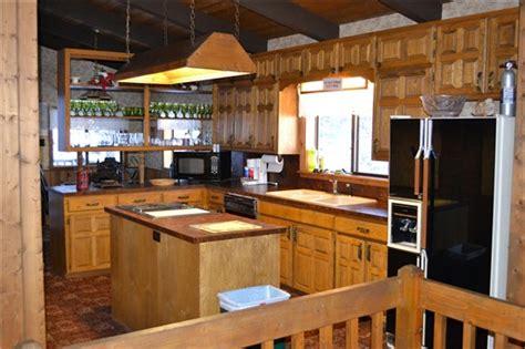 Aspen Kitchen by Aspen Wolf Creek Ranch