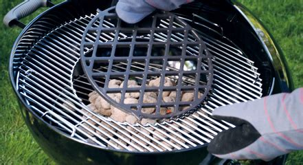 Grilles Pour Barbecue by Une Grille Pour Barbecue Weber Guide D Achat Barbecue