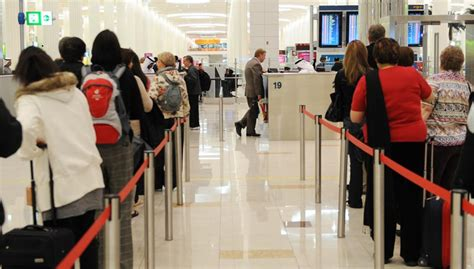 emirates visa transit now you can leave the dubai airport if you make a stopover