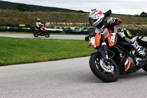 Motorrad 125 Ps Versicherung by 404 File Or Directory Not Found