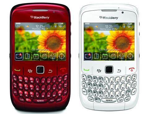 themes for blackberry rim curve 8520 blackberry curve 8520 ruby red left white right