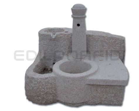 fontane piccole da giardino pietre da giardino per decoro e pavimentazione