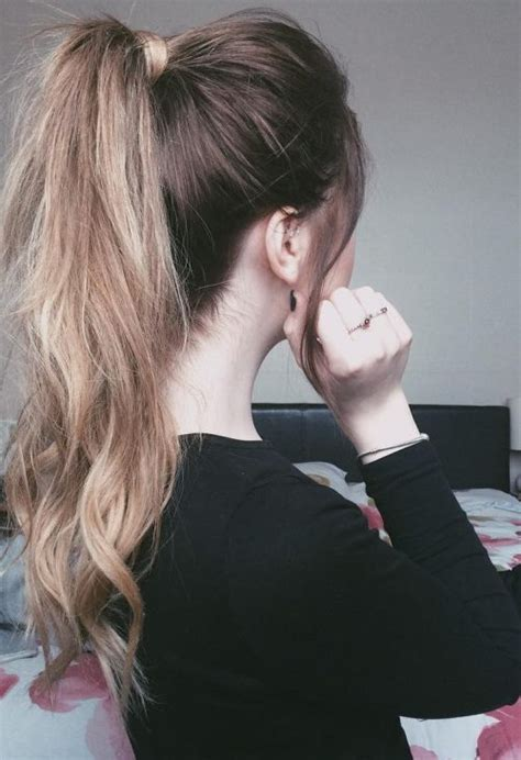 how to put layered hair in ponytail how to put layered hair in a ponytail high ponytail ideas