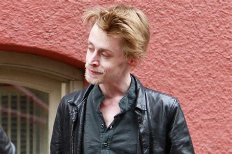 macaulay culkin denies heroin addiction and 6 000 per