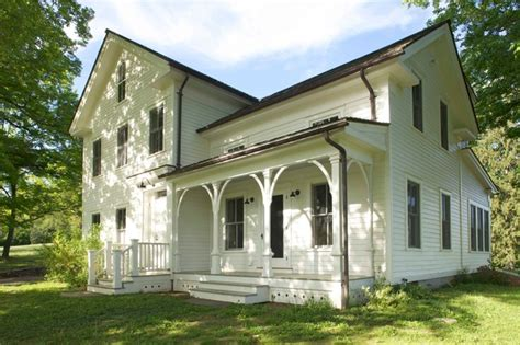 Benjamin Moore Historic Colors Exterior 19th Century Farmhouse Renovation Updated Photos By Mick