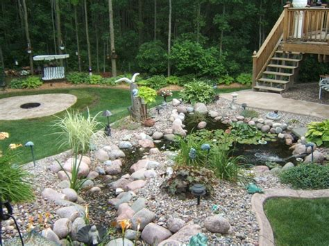 rocks for garden borders http curbscape wp content gallery residential rock