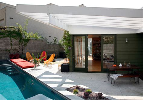 pictures of pools in small backyards small backyard pools kris allen daily
