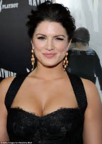 Best Chandelier Earrings Mma Fighter Gina Carano Steals The Attention Away From Her