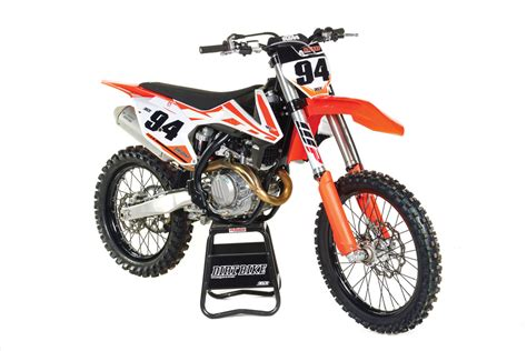 ktm motocross bike dirt bike magazine 2017 ktm 450sx f full test