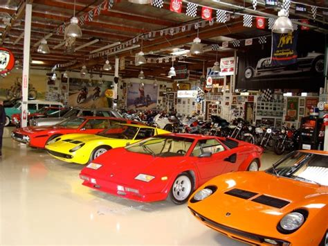 Awesome Car Garages by Jay Lenos Garage Is So Relaxing