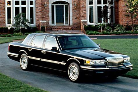 automotive service manuals 1997 lincoln town car head up display best 25 1997 lincoln town car ideas on lincoln town car lincoln vehicles and