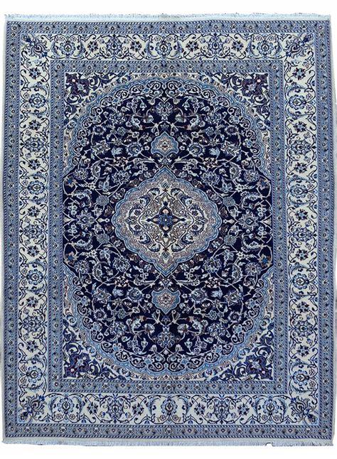 tapis bleu pas cher tapis nou 201 nain bleu de la collection unamourdetapis