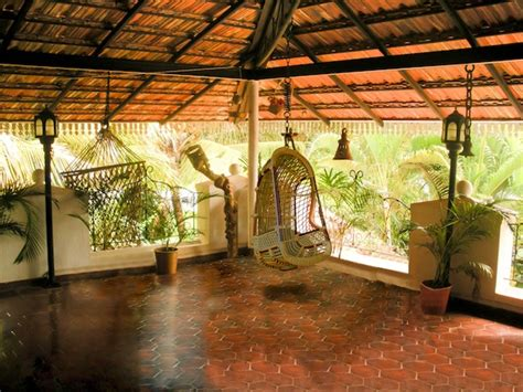 Garden Accessories Stores Bangalore Ethnic Indian Home Kaveri Chinnappa S Coorg Inspired Home
