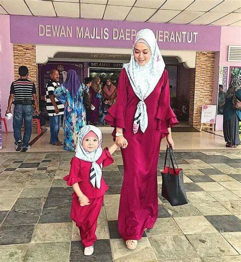 Agemlare Curly Dress Anak Pink dress with curly sleeves matching