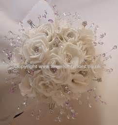 Silk Flower Bouquets 25 Best Ideas About Artificial Wedding Bouquets On Pinterest Artificial Wedding Flowers