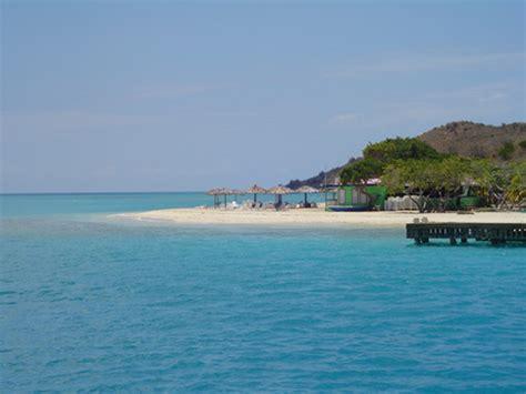 virgin boat drinks the sandbox beach bar prickly pear island bvi