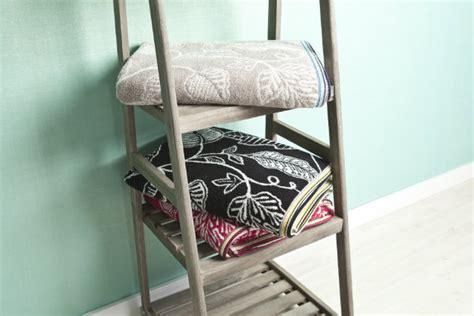 set tappeti per bagno westwing set di tappeti per bagno morbidi e di stile