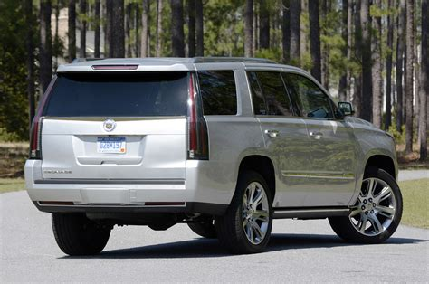 images of 2015 cadillac escalade 2015 cadillac escalade drive photo gallery autoblog