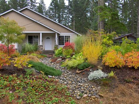 fall landscaping tips amazing color for the fall landscape hgtv