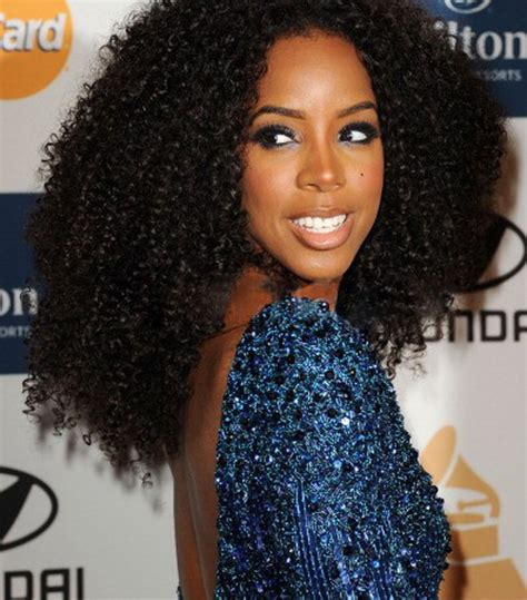 sew in long weave for black women over 50 black hair at the 2012 grammy awards