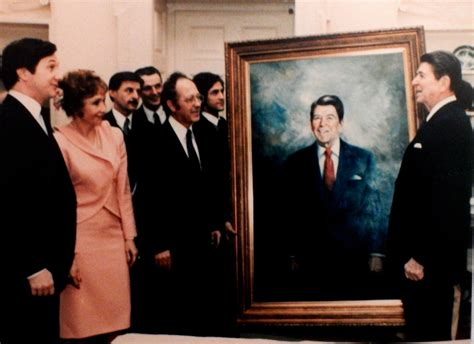 Big Picture Post Nation 3 by File Americo Makk Presentation Of Portrait To President