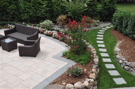 Inexpensive Small Backyard Ideas ? Home Design Ideas