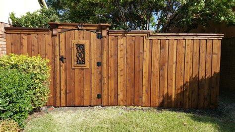 wood gates texas  stain