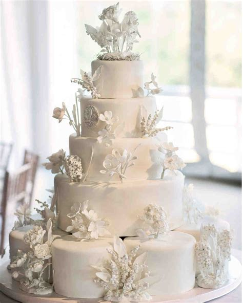 Flowers For Wedding Cakes by 45 Wedding Cakes With Sugar Flowers That Look Stunningly