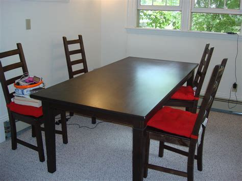 Garage Sale Tables by Dining Table With 4 Chairs In Crayolos Garage Sale Newton Ma