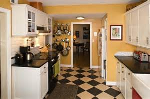 Flooring Cape Cod - amy stacy s cheery cape cod kitchen hooked on houses