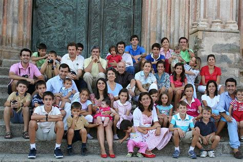 imagenes familias urbanas familia extensa wikipedia la enciclopedia libre