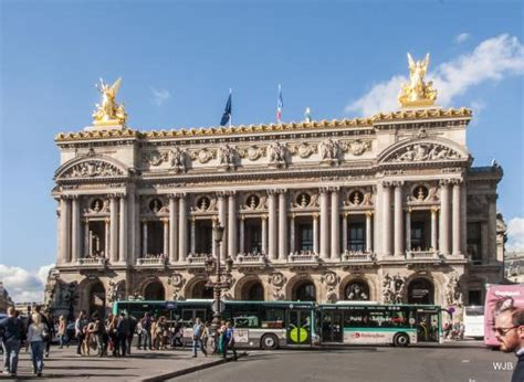 A Place Opera Fa 231 Ade Of The Palais Garnier Opera House Place De L Op 233 Ra Picture Of Hotel Scribe