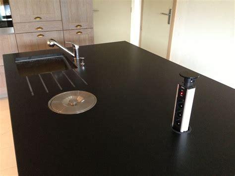 cuisine plan travail granit cuisine authentique plan de travail granit 224 vannes