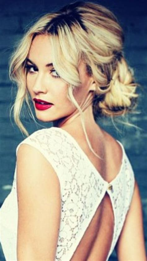 black tie event hairstyles romantic messy hairstyles for all women pinterest updo