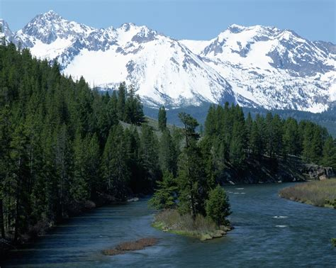 salmon-river-and-sawtooth-mountains - Idaho Pictures ...