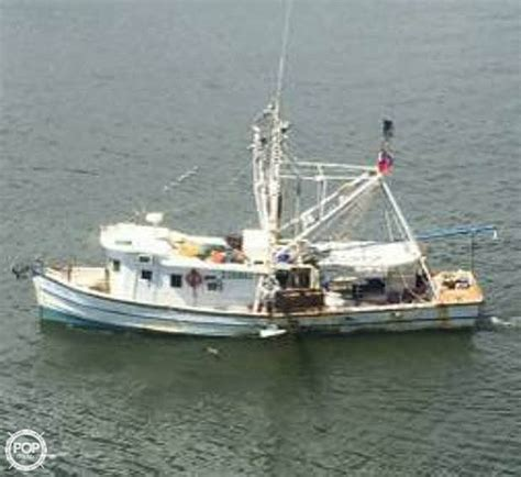 shrimp boat engines 1937 biloxi lugger 45 shrimp boat detail classifieds