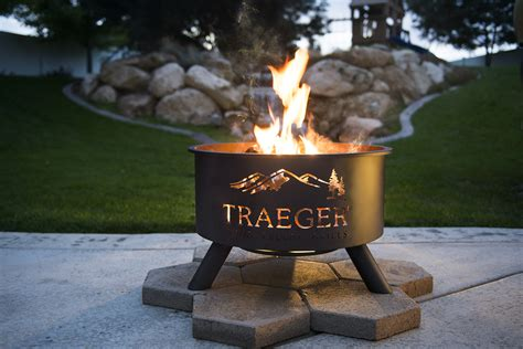 traeger pit v76 by vaughn well groomed traeger wood pellet