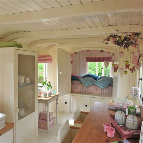 small house decorating blogs shabby and charme in olanda romantici caravans gitani