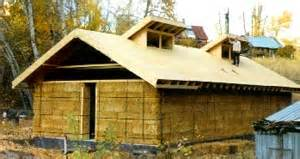 Cheap Houses To Build Strawbale House Building Books Build Your Own Energy