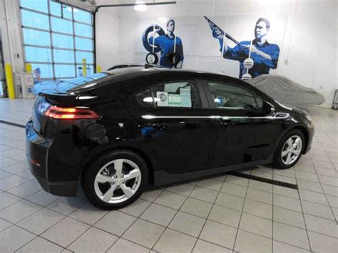 2012 chevrolet volt 40 mpg price 42 119 lisle il 60532 features air bags air conditioning