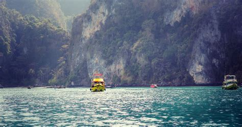 film thailand over night overnight boat experience in thailand for two tinggly