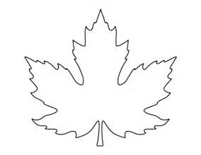maple leaf template printable page maple leaf pattern use the pattern