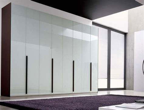 armadio vetro armadi in vetro temperato o trasparente belli e resistenti