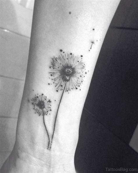 dandelion tattoos on wrist 32 lovely dandelion tattoos on wrist