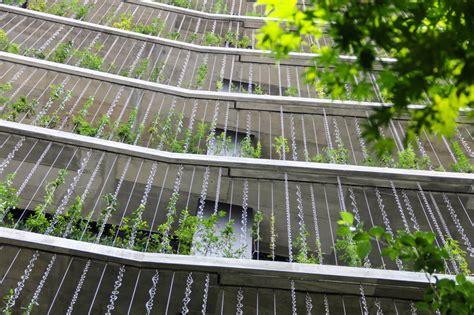 House Design Inside Garden Seo Inc Jun Hashimoto Clad Jccu Fa 231 Ade With Toh Rain Chain