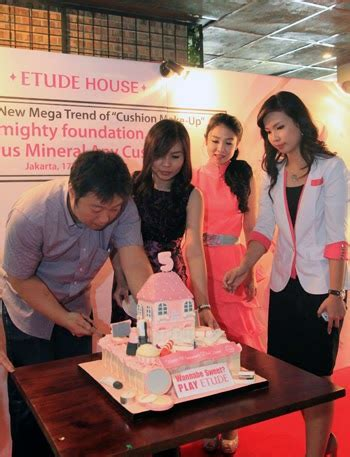 Make Up Etude House Indonesia happy birthday etude house indonesia blushoff